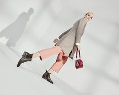 Sophisticated ankle boots, such as classic Chelseas, are on the road to success. Autumn is causing a sensation with clean silhouettes and cleverly placed decorative seams. Ankle Boots, Silhouettes, Chelsea, Campaign, Success, Urban, Autumn, Heels, Classic