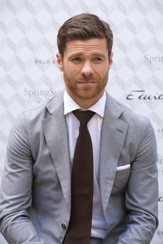 2014-04-03 Xavi Alonso presents the new Emidio Tucci collection at Casa de America on on April 3, 2014 in Madrid, Spain. (2005×3000)