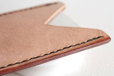 Picture of How to Burnish Leather Edges