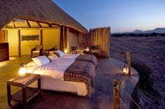Lodge de charme : désert de Namibie, Etosha...
