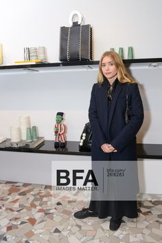 Mary-Kate and Ashley Olsen - Page 13 - the Fashion Spot Mary Kate Ashley, Mary Kate Olsen, Elizabeth Olsen, Fashion Line, Star Fashion, Olsen Fashion, Women's Fashion, New York Fashion Week 2017, Olsen Twins Style