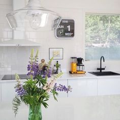 concrete and glass pendant lamp in kitchen  Laaka - Laura Väre