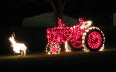 Our Farmall C decorated for Christmas - 2007