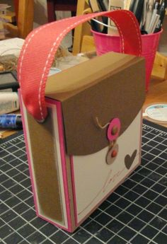 Do it yourself ideas and projects: Simple Ideas for Recycling Cereal Boxes!