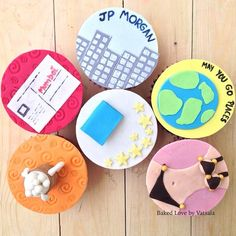 For someone who is leaving the city for work and enjoys the 3Bs- books, beer and babes!   #bakedlove #bakedlovebyvatsala #travelcupcakes #beercupcake #babecupcake #edibleart