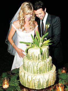 Celebrity Wedding: Kaitlin Olson & Rob McElhenney