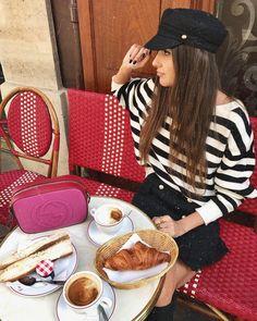 """Mi piace"": 13.7 mila, commenti: 75 - María Turiel Soler (@meryturiel) su Instagram: ""Petit déjeuner 🇫🇷🥐 #LeMarais #Paris"""
