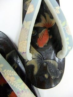 Yayoi Kimono Footwear - М boat goldfish 仲良し-hand-carved wooden clogs Orijina