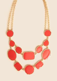Ever After Necklace, Ruche