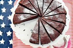 Happy 4th of July: Vier het met een taart van ruim 1.5 kilo! - Recept - Allerhande