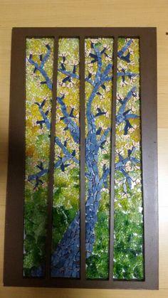 Mosaico em vidro e azulejo