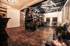 loft, interior, barbershop, beautyshop, style, haircuts, wood floor, boat, brick, white,red, industrial, black, recycle, ceiling