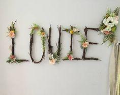 Woodland kwekerij Twig brief Twig Monogram rustieke muur Rustic Wall Letters, Letter Wall, Letter Monogram, Rustic Nursery, Woodland Nursery, Crystal Mobile, Twig Art, Flower Mobile, Deco Nature