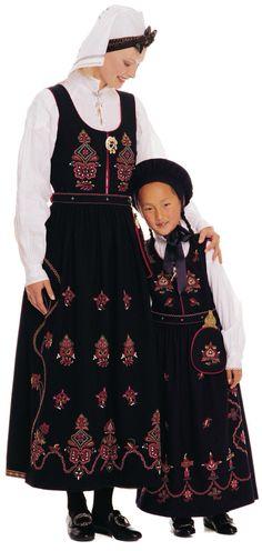 Sunnmøre Folk Costume, Costumes, Norway, Hipster, Boys, Girls, Blanket, Women, Fashion