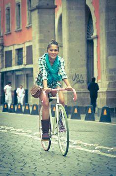 Coffee Bikes | Fotografía Creativa en el Ciclismo: Untitled