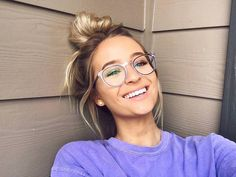 Post with 2361 views. Glasses For Oval Faces, Cute Glasses Frames, Nice Glasses, Girls With Glasses, White Girls, White Women, Jacy Jordan, Cute Eyes, Eyeglasses For Women