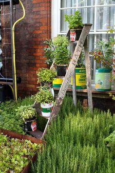 Blumenständer bauen terrasse blickfang deko idee | Garten ...