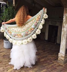 [ This romantic version of & # the happy stole & # is also in the book * Hooks * Create * Life * 🌸💕Mo - adindasworld Hippie Crochet, Freeform Crochet, Irish Crochet, Crochet Chart, Crochet Stitches, Crochet Scarves, Crochet Clothes, Crochet Flowers, Crochet Lace