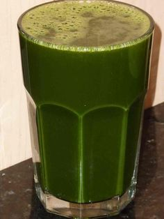 Move over coconut water!!! Read why – organic green juice is the BEST post-workout drink http://livingmaxwell.com/best-post-workout-drink