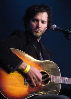 Bret McKenzie. I miss that pout and bone structure.