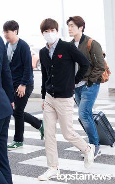 160408 EXO Suho | Incheon Airport to Shenzhen