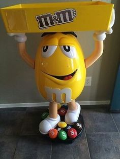 M M Candy, Candy Jars, Mars Candy Company, Chocolates, Yellow M&m, M&m Characters, Movie Theater Rooms, Candy Companies, Avocado Salad