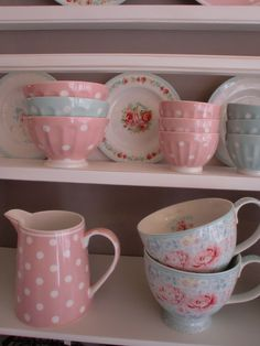 GreenGate Stoneware Jug and Bowls Naomi Pink & Mint, Teacups Lulu