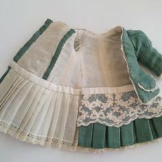 #одежда #антикварная #текстильная #шарнирная #кукла  #antique #silk#cotton#handmade#textiledoll детальки