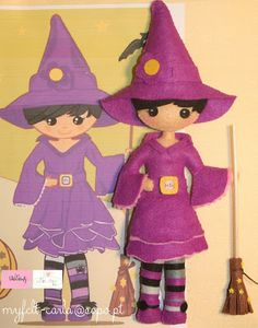 Muñeca de brujita de fieltro - Felt cute witch doll.