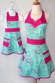 Mommy/Daughter retro aprons.