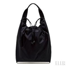 바구니 형태의 버킷 백에 가벼운 소재가 더해져 캐주얼한 데일리 백으로 제격. 가격 미정, Marni. Pouch Bag, Backpack Bags, Tote Bag, Drawing Bag, Simple Bags, Nylon Bag, Handmade Bags, Beautiful Bags, Fashion Bags