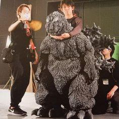 Godzilla, Pop Culture, Fur Coat, Japan, Dresses, Instagram, Fashion, Monsters, Vestidos