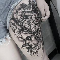 Tatuagem sketch: artistas brasileiros para você seguir! - Blog Tattoo2me Piercing, Skull, Tattoos, New Tattoos, Tattoo, Artists, Tatuajes, Piercings, Body Piercings