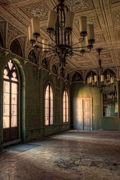 Abandoned...Schloss Reinhardsbrunn, Germany, former Benedictine abbey, royal castle, WW2 hospital and hotel, photo by rivende via Flickr.