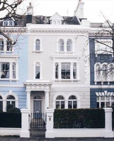 "68.7k Likes, 349 Comments - @LONDON (@london) on Instagram: ""House goals x #NottingHill  ||  @sparrowflu  || #thisislondon"""