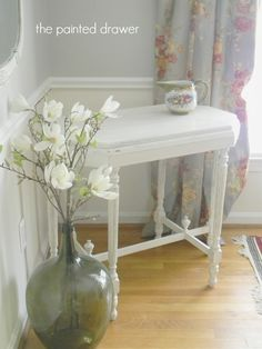A weekly paint highlight series. Today we focus on Annie Sloan Old White! By itself, as a wash, with dark wax or as a highlight, it is a fantastic soft white. Shabby Chic Furniture, Paint Colors, Decor, Annie Sloan Old White, Decorating On A Dime, Painted Table, White Painted Furniture, Rustic Shabby Chic Decor, Painted Drawers
