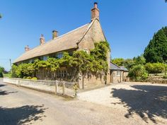 Atherstone Farm - Atherstone Farm Cottage (ref UKC2775) in Atherstone, near Ilminster, Somerset | cottages.com