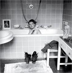 Lee Miller reporter de guerre, dans la baignoire de Hitler