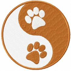 Ying and yang paws free machine embroidery design. Machine embroidery design. www.embroideres.com