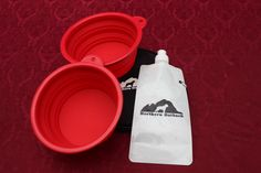 Northern Outback SuperSized Travel Pet Bowl Carrier Kit has TWO 5 CUP Silicone bowls, a BONUS 2 CUP Water Bottle and TWO Carabiner Clips! Excellent for all sizes of Dogs or Pets or hey, if you are a Camper or Hiker, this is for you! Pet Travel, Pet Bowls, Hunting Dogs, Labs, Your Pet, Camper, Water Bottle, Kit, Caravan