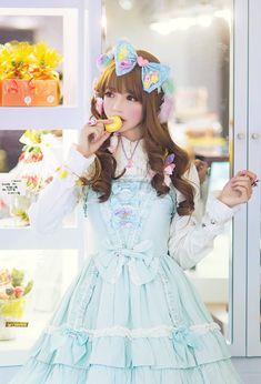http://photo.weibo.com/5571833295/wbphotos/large/mid/3901218977632321/pid/00654QmXjw1exbdwwhnfkj30z81fs47t