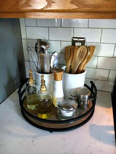 Organizing the Kitchen Counter with a tray and canisters #smallkitchenideasremodel Kitchen Ikea, Small Kitchen Storage, Kitchen Pantry, Home Decor Kitchen, Open Kitchen, Smart Kitchen, Small Kitchen Decorating Ideas, Organized Kitchen, Country Kitchen
