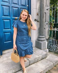 classic preppy summer outfit, draper James dress, straw bag and jack rogers Classic Outfits, Classic Style, Preppy Summer Outfits, Draper James, Creative Outlet, Jack Rogers, Preppy Style, Straw Bag, Give It To Me