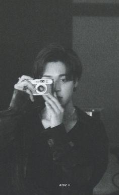 Jin, Bts Playlist, I Love Bts, Bts Photo, Strike A Pose, Bts Pictures, Bts Jimin, South Korean Boy Band, Korean Singer