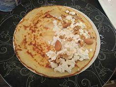 Recept   Pannenkoek: kaas, walnoten, amandelen, hüttenkäse & honing