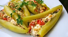 Peppers stuffed with feta cheese Turkish Recipes, Greek Recipes, Vegetable Recipes, Ethnic Recipes, Food N, Food And Drink, Greek Appetizers, Macedonian Food, Greek Cooking
