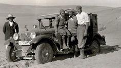 Clärenore Stinnes: primera mujer en dar la vuelta al mundo en coche | Casiopea Ediciones |