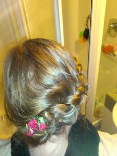 Hairstyle I'm wearing today :) From my blog!