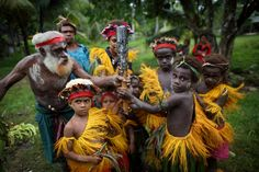 Papua New Guinea we headed to the small island of Kavieng, New Ireland Province #PapuaNewGuinea