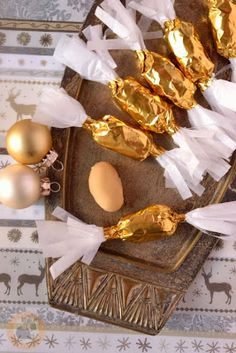 Praliné Paradicsom: Sósmogyorós-karamellizált fehér csokis szaloncukor Xmas, Christmas, Yule, Homemade, Cookies, Food, Candy, Crack Crackers, Home Made